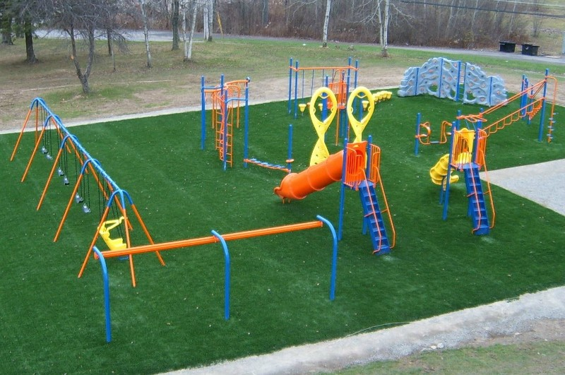 playground-synthetic-turf-1