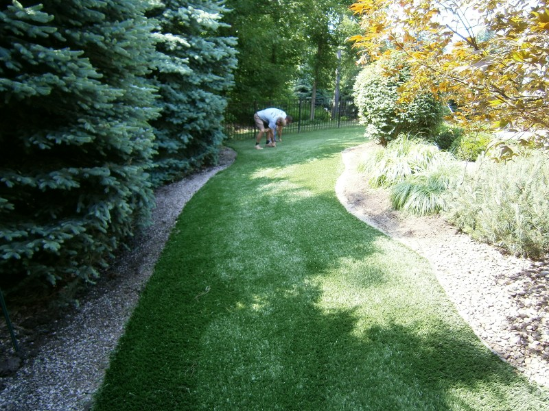 lawn-and-landscape-synthetic-turf-18