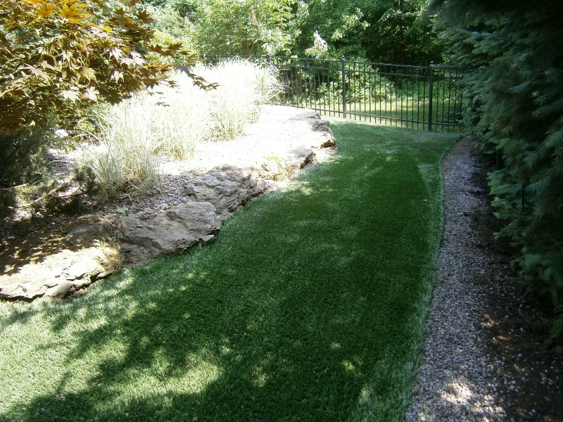 lawn-and-landscape-synthetic-turf-19