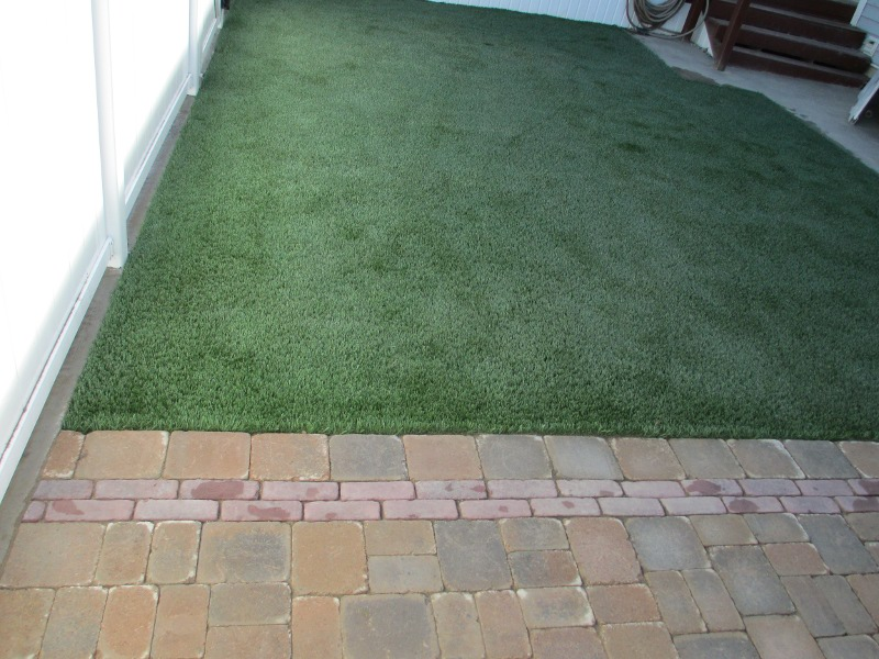lawn-and-landscape-synthetic-turf-36