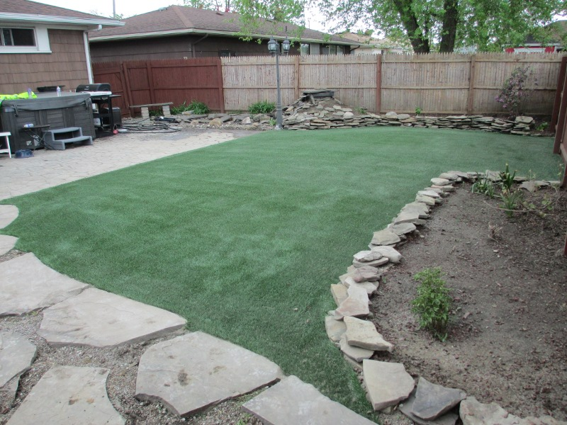 lawn-and-landscape-synthetic-turf-39