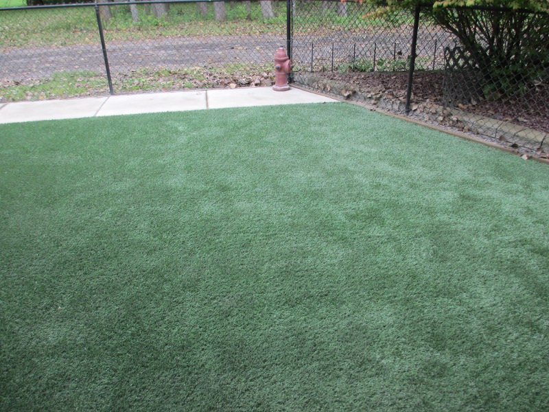 lawn-and-landscape-synthetic-turf-47