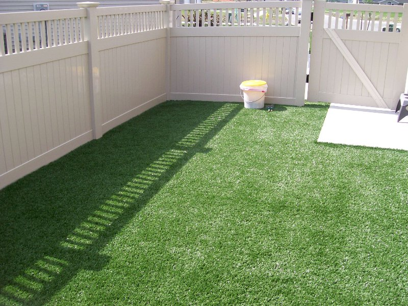 lawn-and-landscape-synthetic-turf-8